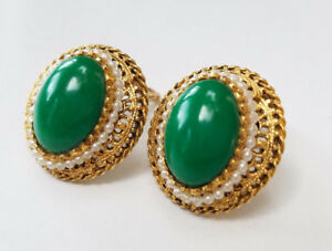 Vintage Gold Tone Green Pearl Beaded Clip Back Fashion Earrings Unknown Period