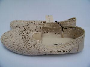 Bobby-Brooks-Women-039-s-Size-8-Cream-Crochet-Flat-Sole-Casual-Slip-On-Shoes