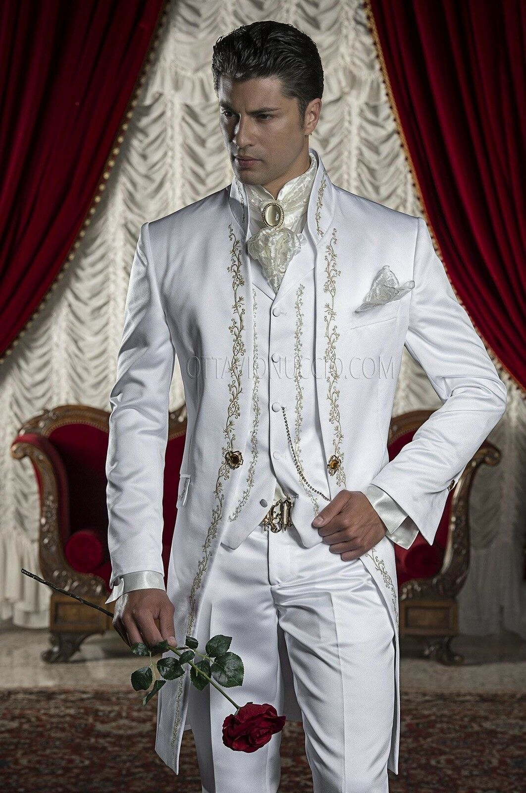 Embroidery Tuxedo Groom Men's Suits White Groomsman Best Man Wedding Prom Suits