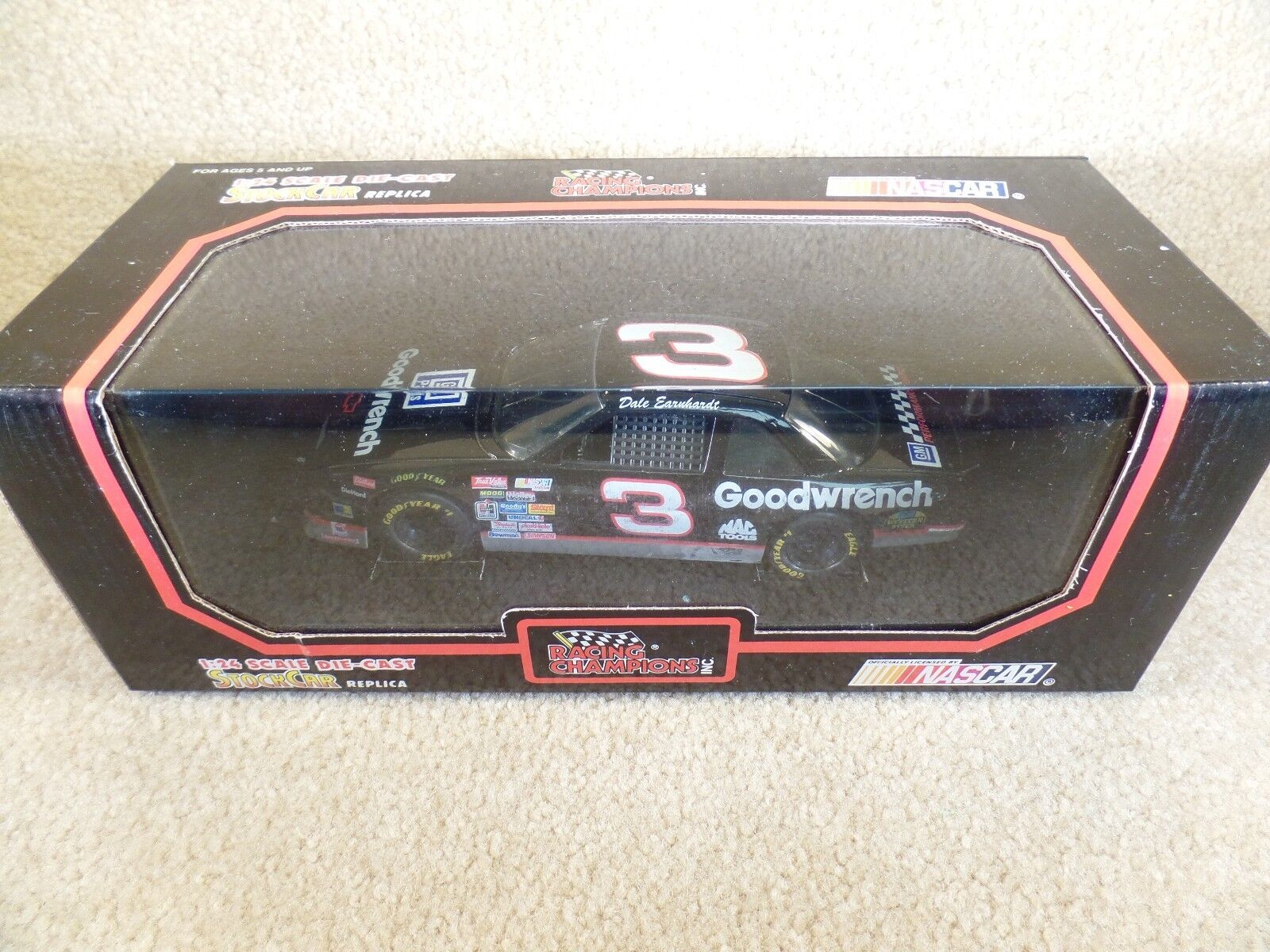1992 Racing Champions 1 24 Diecast NASCAR Dale Earnhardt Sr Yellow Lettered Tire