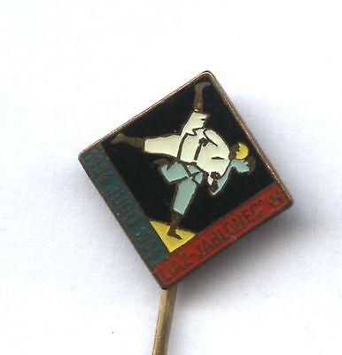 pin CZECHOSLOVAKIA JUDO CLUB Liaz Jablonec 10th Anniversary 1954-64 badge