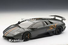1:18 AutoArt, Lamborghini Murcielago LP670-4 SV China Limited Edition, NEU & OVP