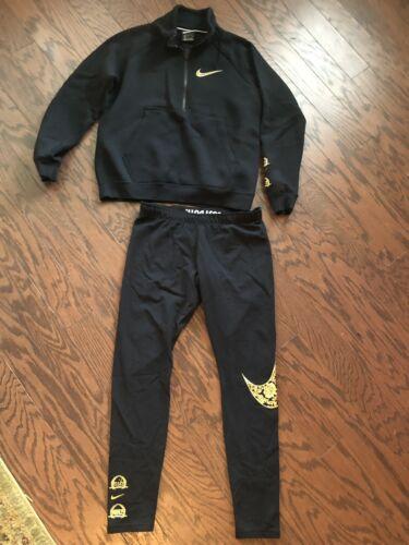 nike sweatsuit Outfit Black&gold Size M/L