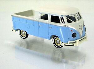 MCZ-03-220-B-Volkswagen-VW-t1b-doka-zenkers-Bully-Edition-2015-azul-palido-1-87
