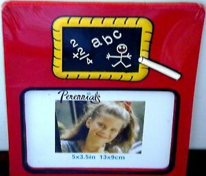 MIP-NEW-PLASTIC-BACK-TO-SCHOOL-DAYS-PICTURE-FRAME-5-034-X-3-5-034-CHILD-STUDENT-PHOTO