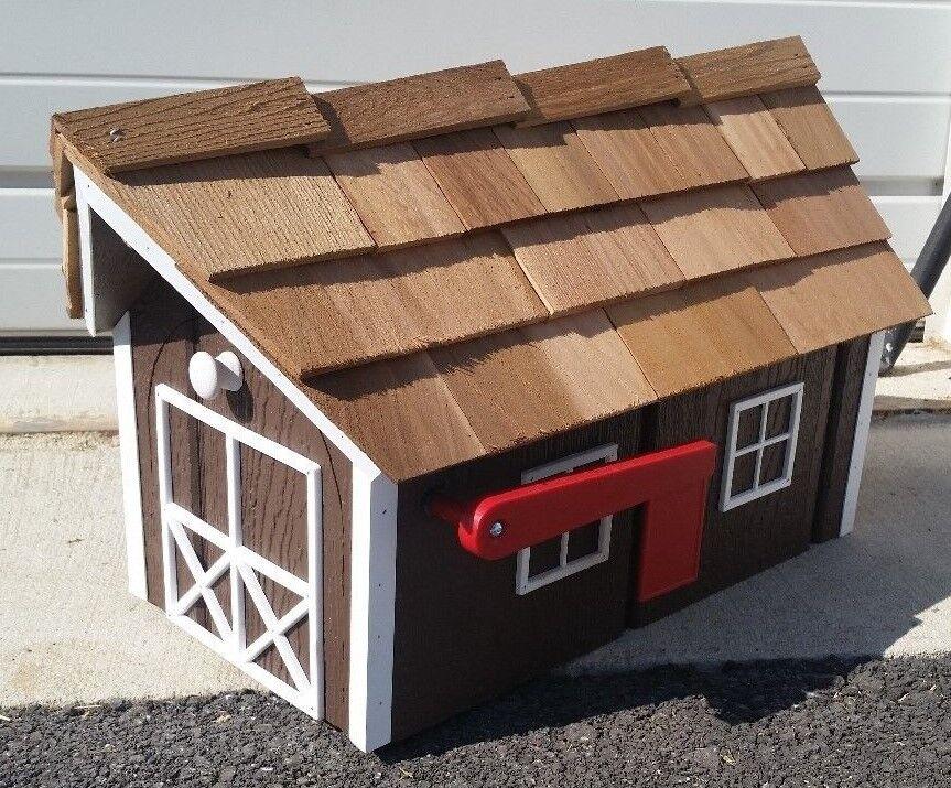 Amish Crafted  Milk Chocolate braun  Barn Style Mailbox - Lancaster County PA
