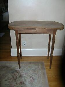 Vintage Wooden Kidney Shaped Vanity Table For Fabric Skirt