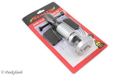 Right Hand Brake Pad Caliper Windback Rewind Car Garage Tool with Backing Plate