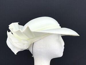 Ladies C&A Vintage Cream Hat (10204)
