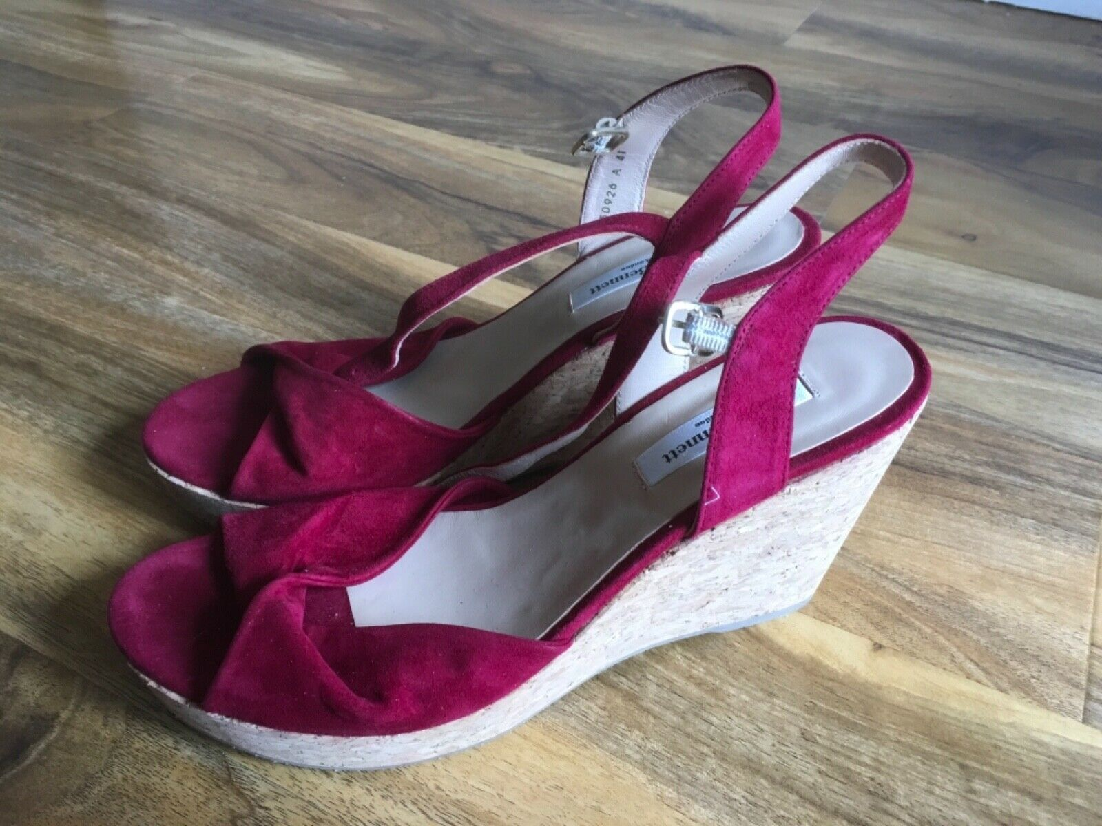 L.K. Bennett Adeline  Suede Wedge Sandals, rosso, Dimensione 41  vendite online