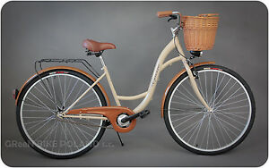 basket with fashioned Old bike