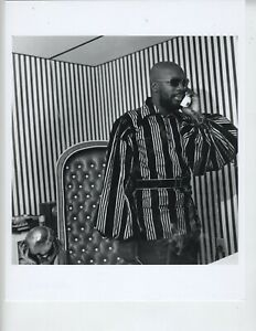 ERNEST WITHERS PHOTO 8X10 AFRICAN AMERICAN ARTIST PHOTOGRAPHER ISAAC HAYES