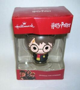 2018-Hallmark-Ornament-Harry-Potter