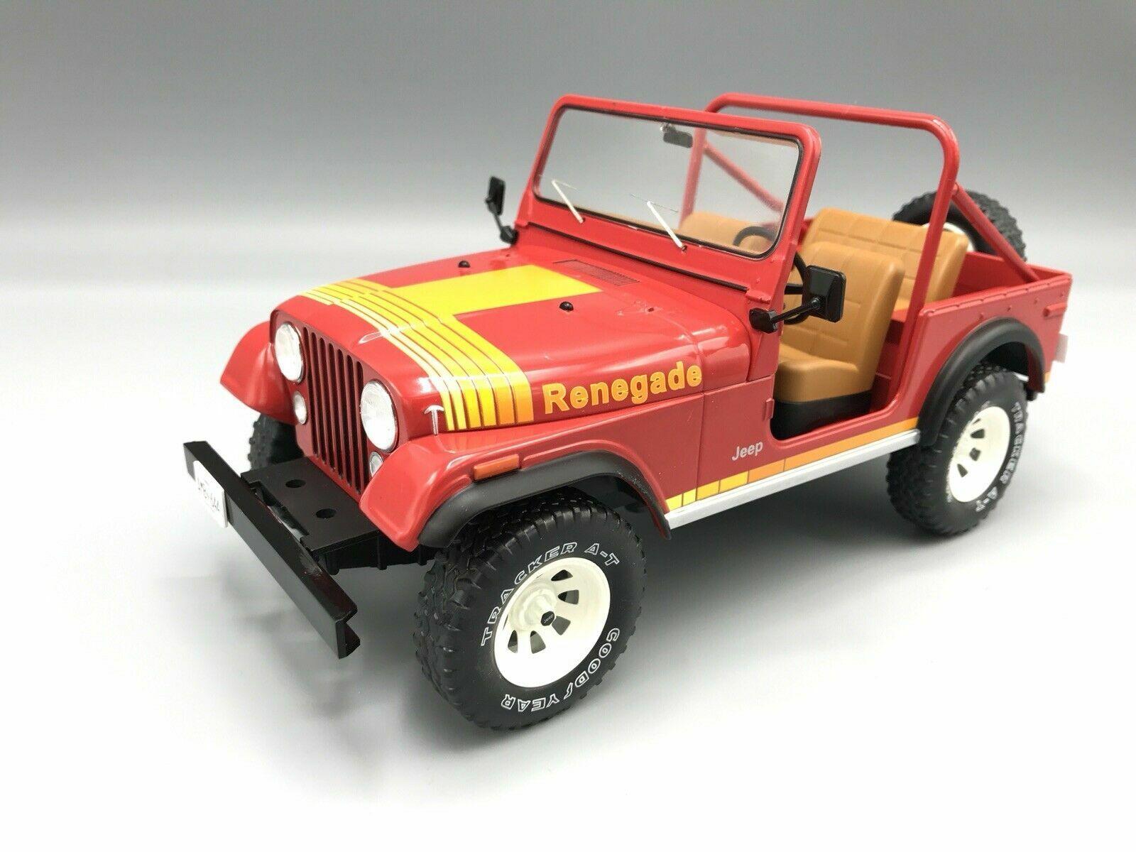 1 18 MCG 18110 1976 Jeep CJ-Renegade  rouge Nouveauté  100% garantie de prix