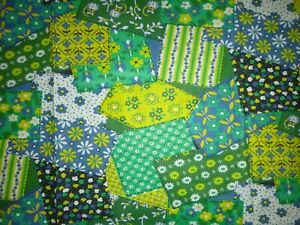 Vtg-Cotton-Fabric-Flower-Power-Faux-Patchwork-Blue-Green-49-034-x-1-33-yds