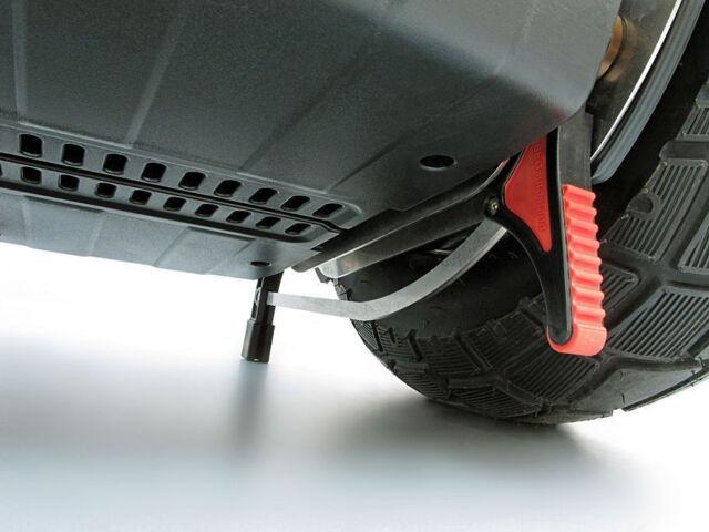 SEGautostand: semi-automatic i2 Segway parking stand