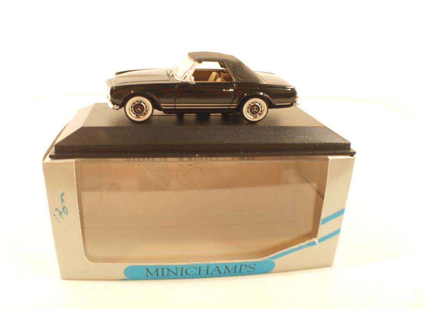 Minichamps -032242 - Mercedes-Benz 280 SL Cabriolet Soft Top 1 43 inbox en boîte