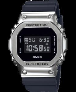 CASIO-G-SHOCK-GM-5600-1ER-SPEDIZIONE-express-h24