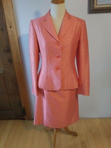 Suit Studio 2 pc  skirt Suit size 6 Very nice skir