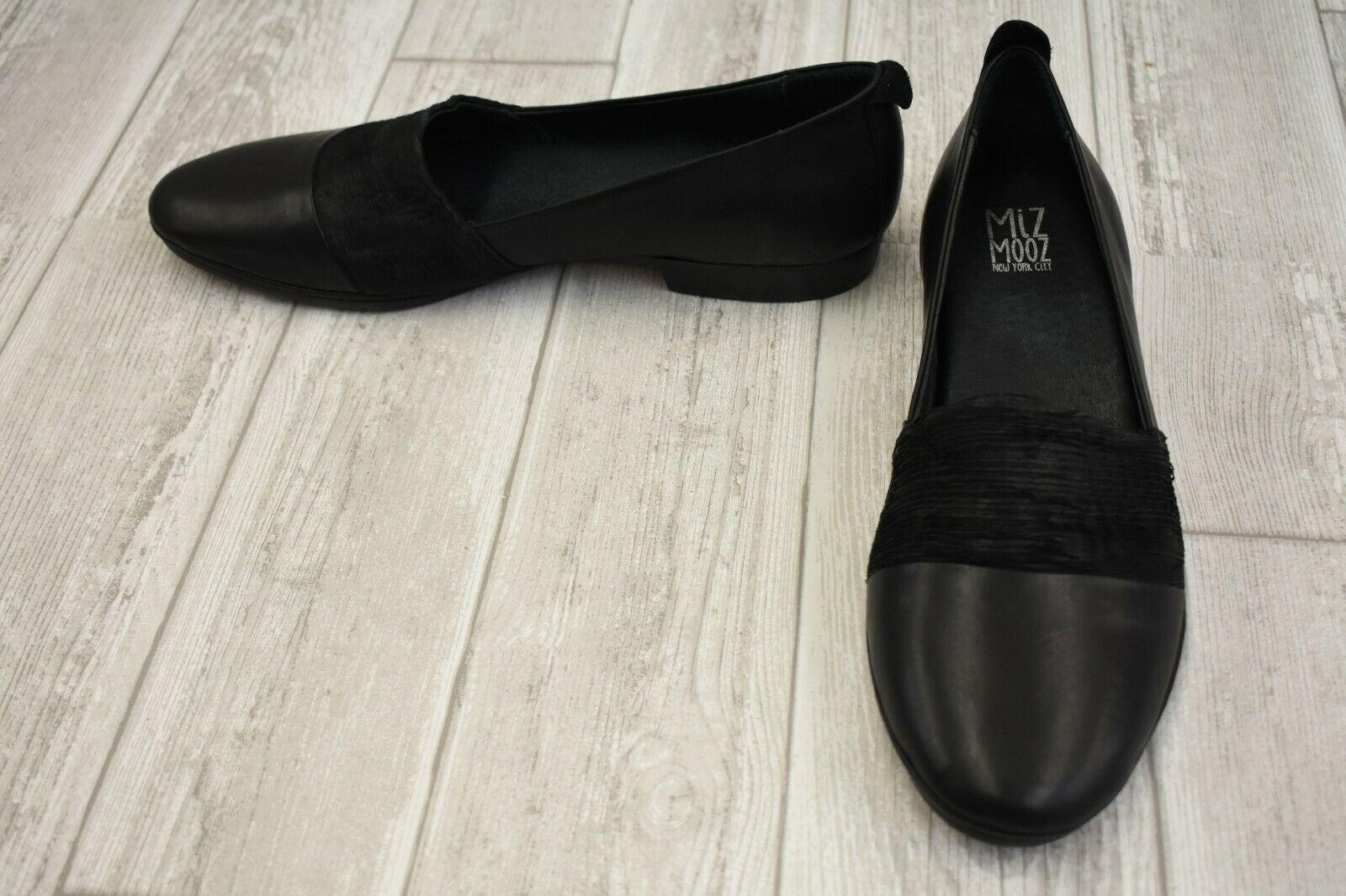 Miz Mooz Maria Flats - Women's Size US 10.5-11   EU 42, Black
