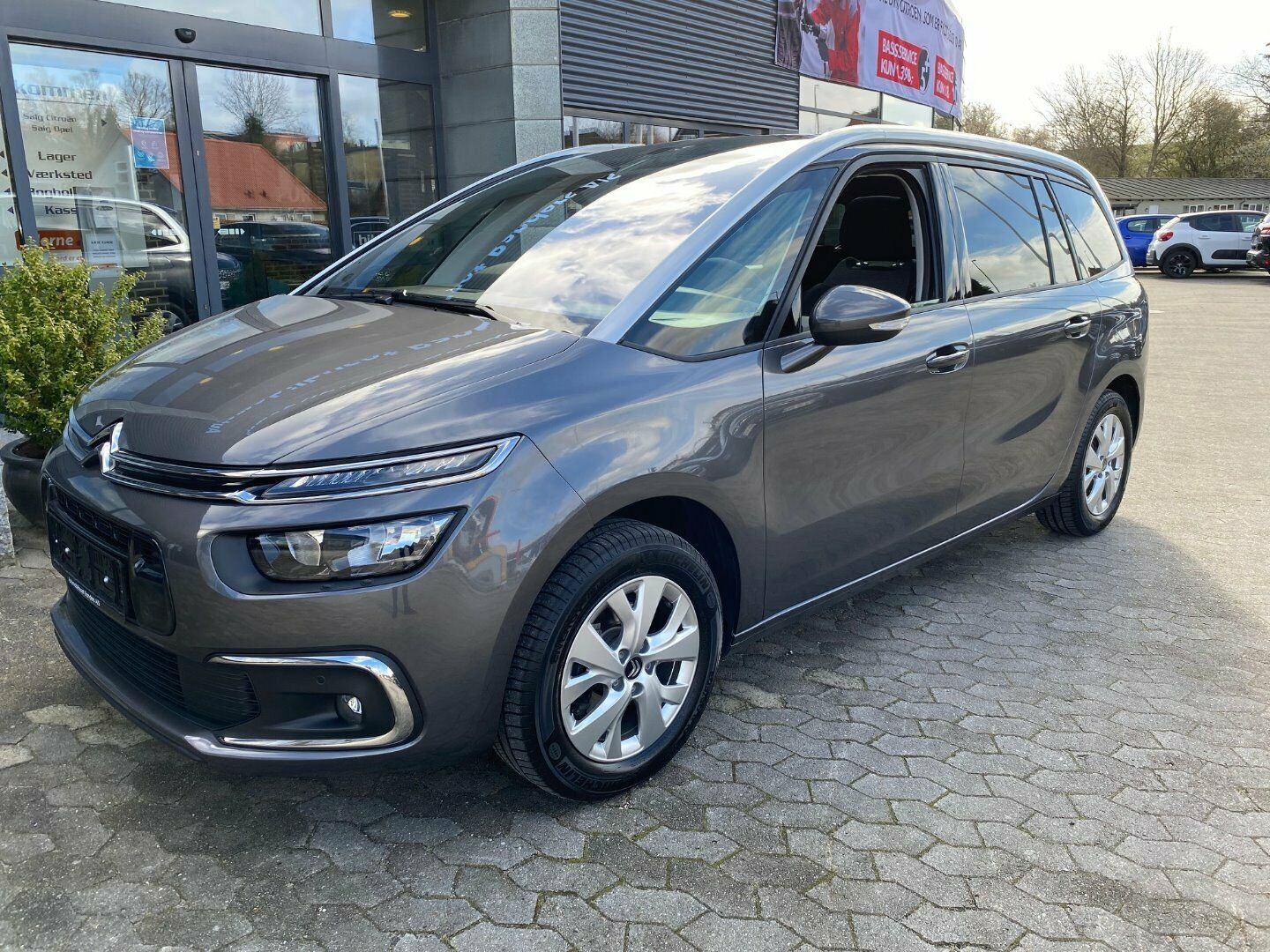 Citroën Grand C4 SpaceTourer 1,5 BlueHDi 130 Intensive+ 5d - 269.000 kr.