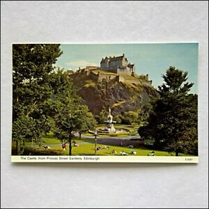 The-Castle-from-Princes-Street-Gardens-Edinburgh-Postcard-P411