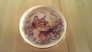 Prinknash-Pottery-27cm-7-034-Decorative-Ceramic-Cat-Plate
