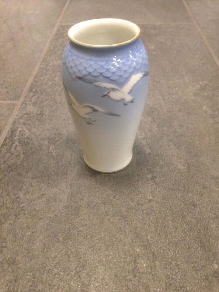 Porcelæn, Vase, Bing og Grøndal