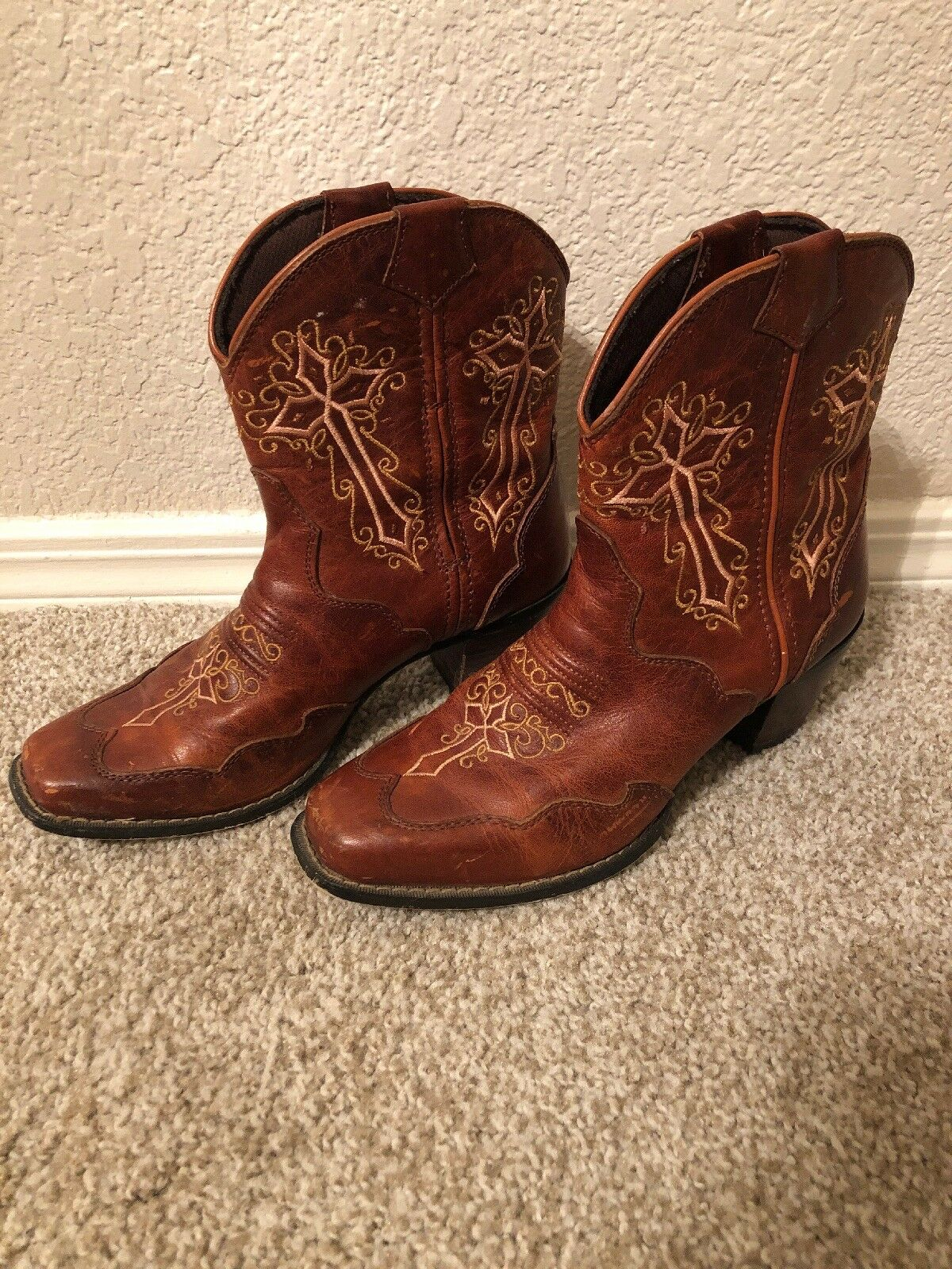 Durango Crush RD3412 Size 7M Womens 7  Shorty Cross Leather Boots Brown