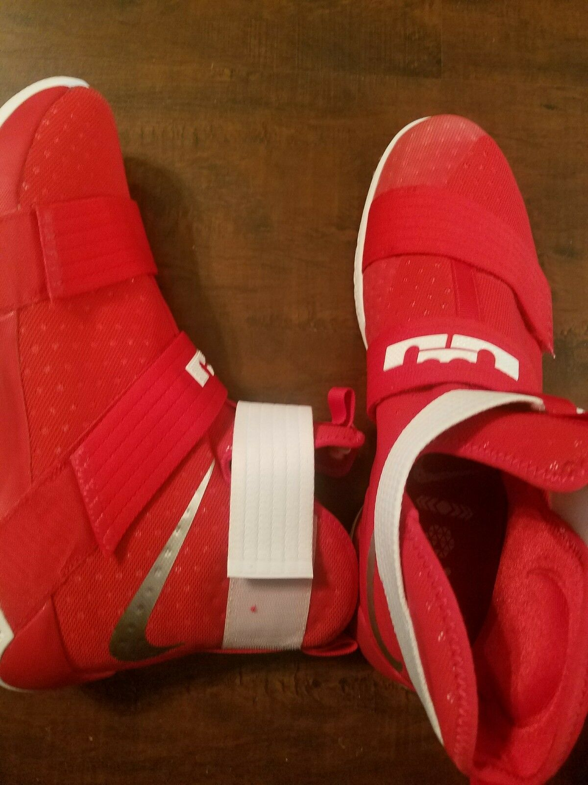 save off d2fb9 9e6fe Nike Lebron Soldier 10 X Men s Men s Men s Basketball Sneakers size 17  5257da