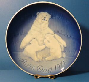 BING AND GRONDAHL MOTHERS DAY PLATE 1974  POLAR BEARS 6""