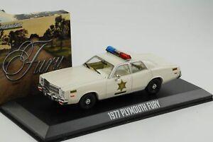1977-Plymouth-Fury-Dukes-of-Hazzard-County-Sherrif-Movie-1-43-Greenlight