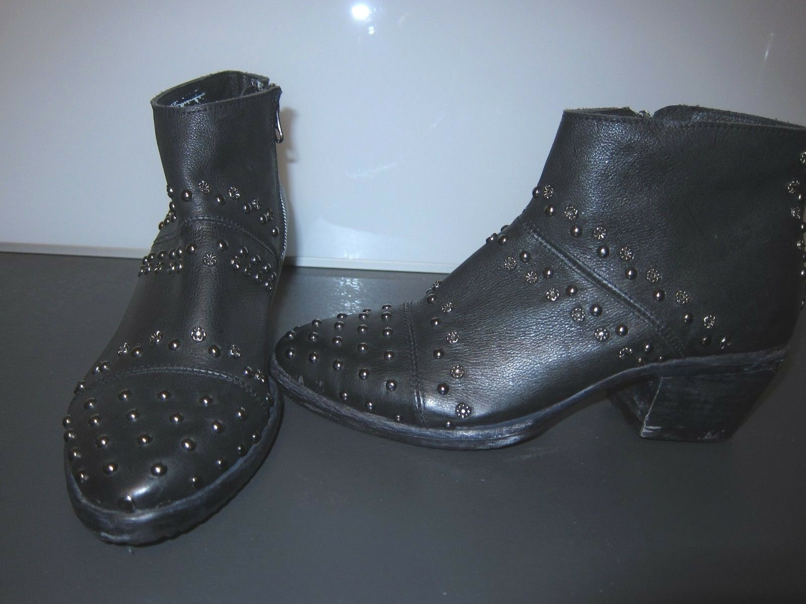 Felmini Ankle Boots Stiefelette schwarz NEU Gr. 37 Biker Nieten NEU Mod. Erika