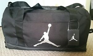 Nike Air Jordan Duffle Bag Gymbag 8A1913 023