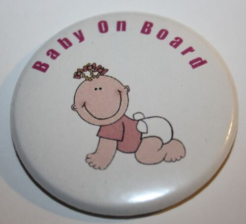 BABY ON BOARD 50 mm Pin Button Badge rose fille maman à être enceinte Bosse