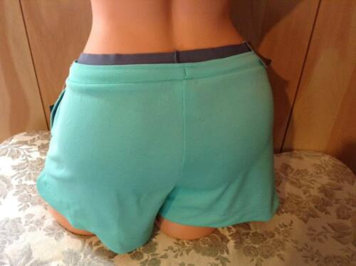 NWT Old Navy Go-Dry Knit Train Short for Women