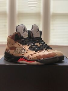 14e9fe2bf4df SUPREME x AIR JORDAN 5 V RETRO