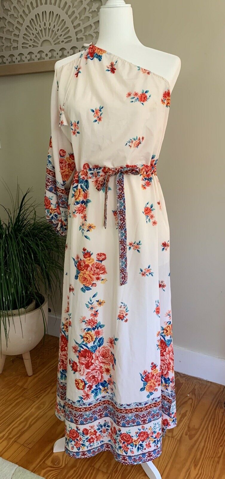 Catalina Dress in Floral MISA Los Angeles Sz S - image 3
