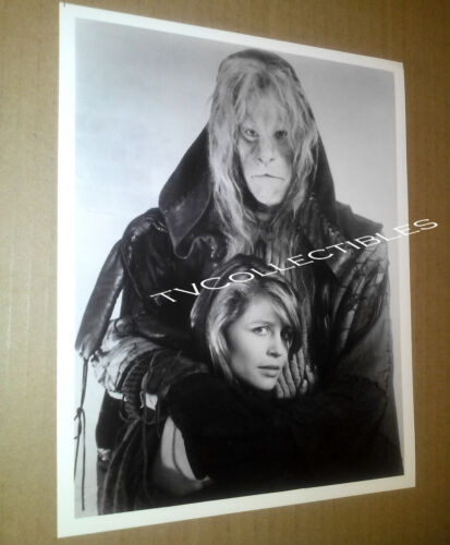 8x10 Photo~ TV's BEAUTY AND THE BEAST ~Ron Perlman ~ Linda Hamilton