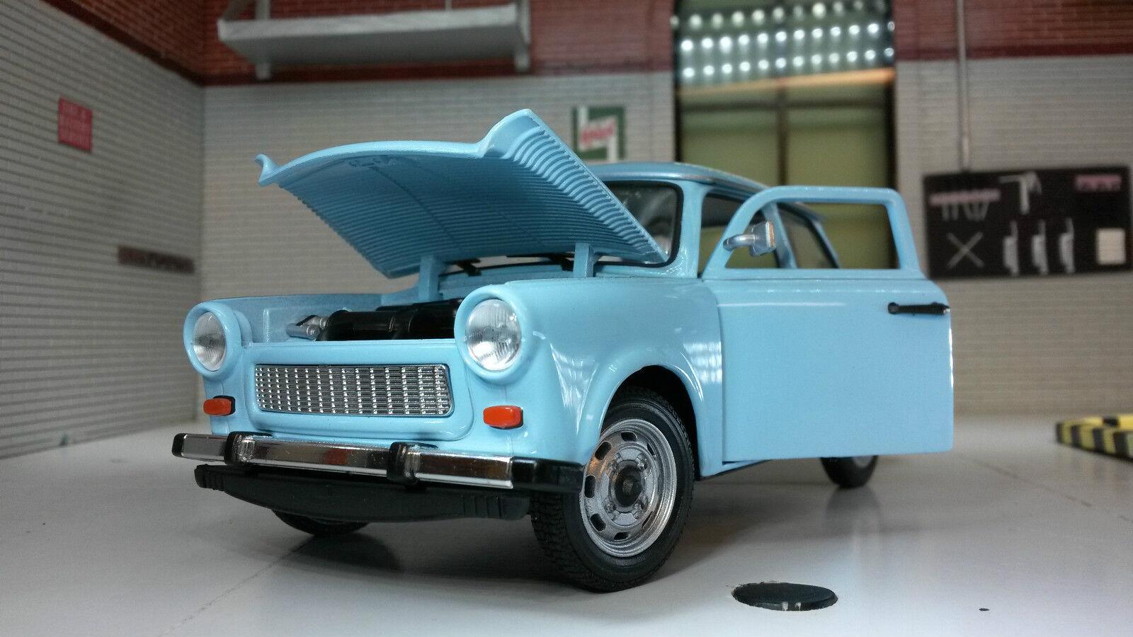 Trabant 601 blau Modellauto 24037 Welly 1:24