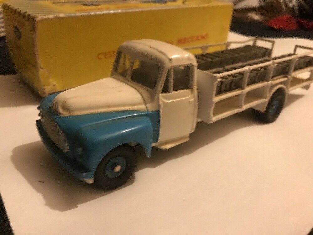 Dinky toys anciennes Camion Laitier