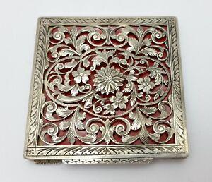Vintage-Engraved-Silver-800-Stamped-Floral-Design-Makeup-Box