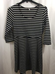 Old-Navy-Women-039-s-Black-amp-White-Striped-A-Line-Dress-Size-Large-3-4-Sleeve