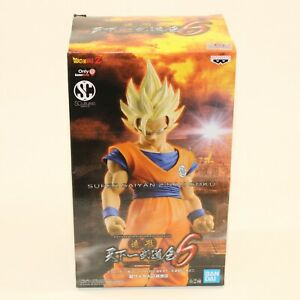 Super-Saiyan-2-Son-Goku-Dragon-Ball-Z-Banpresto-PVC-Statue-Gamestop-Exclusive