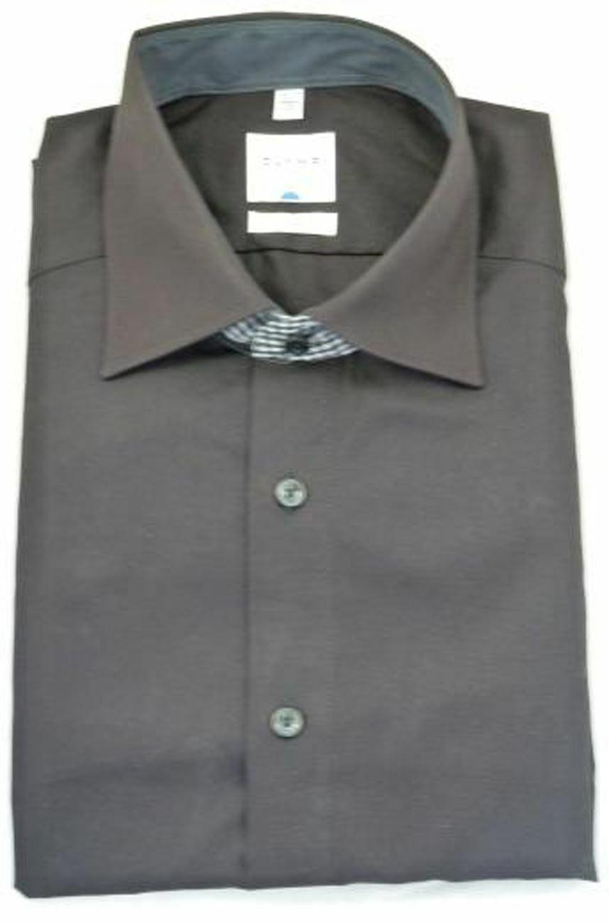 Black Contrast Spread Collar