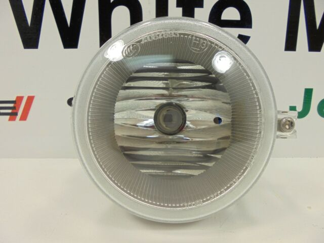 04-10 Chrysler Dodge Jeep New Front Fog Lamp Right or Left Mopar Factory Oem
