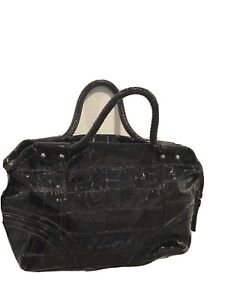 black-patent-leather-purse