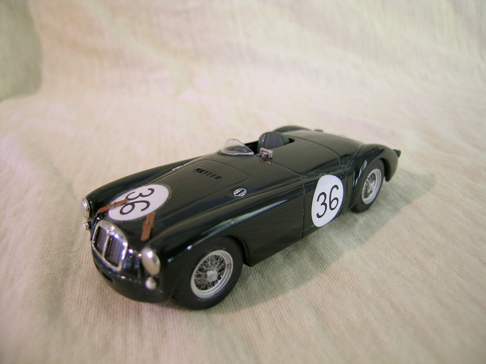 K&R UK MG A EX182 DUNDROD WORKSTEAM 36 BRG  blancMETAL HANDBUILT + BOX 1 43  dessins exclusifs