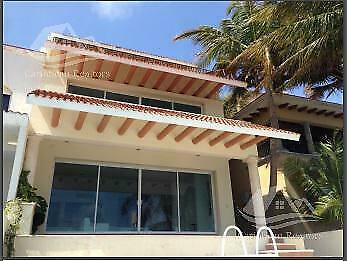Casa en venta en Cancun zona hotelera /Villas Las Quintas  II