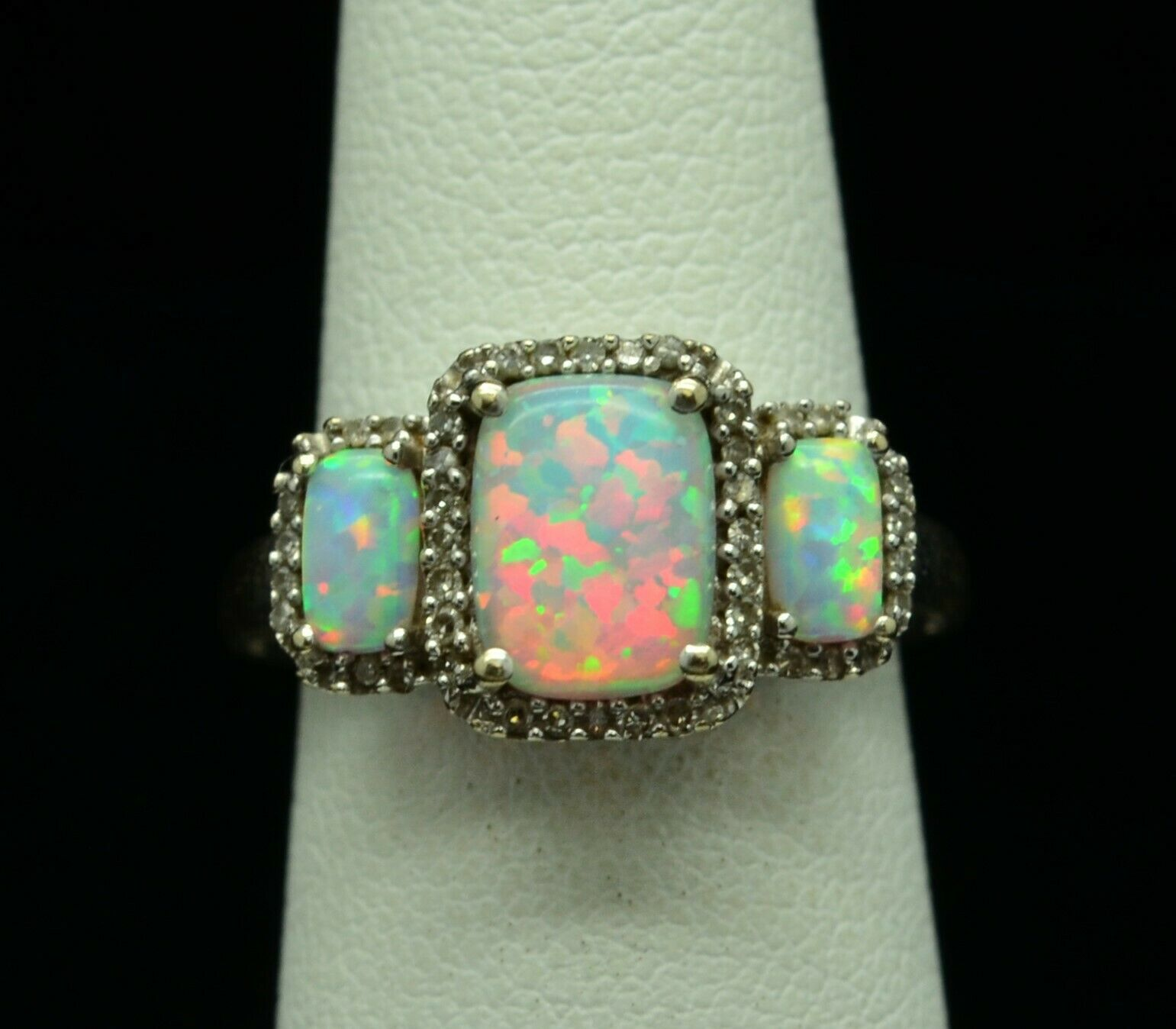 14K WHITE gold 3 OPAL WITH DIAMOND ACCENTS RING JWBR SZ 4.5 gold-240